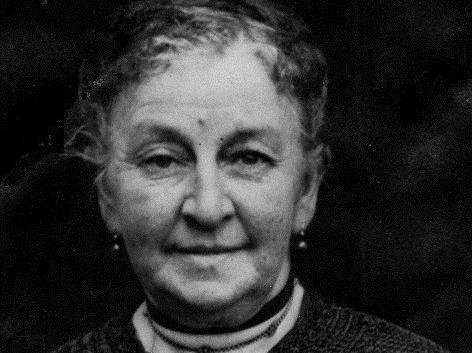 Lizzie Hedges, who was a trailblazer for women in public office, features in a Burnley Cemetery guided walk to mark International Women's Day