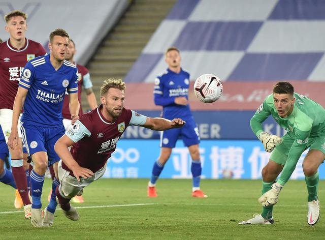 burnley vs leicester city - photo #22