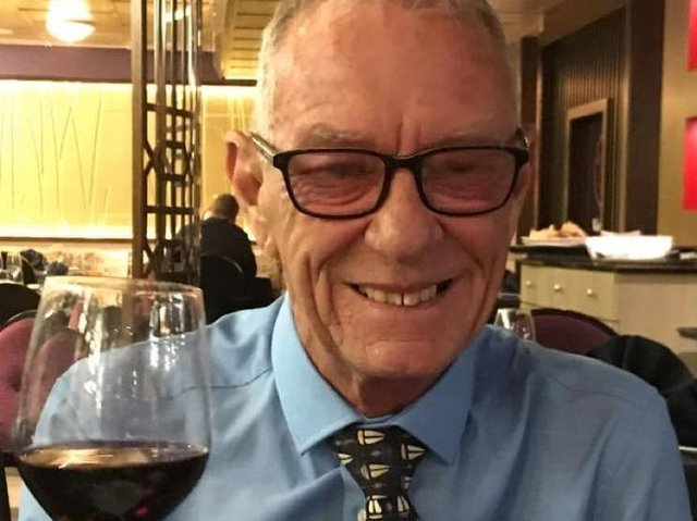 Tony Shufflebottom, who ran the popular eaterie, Big T's Diner in Burnley, for several years, has died at the age of 71