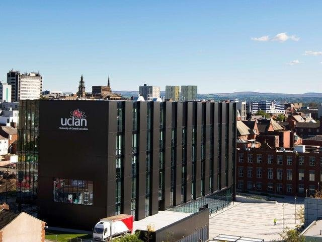 Staff who are part of the University and College Union (UCU) have suspended strike action after talks with the university.