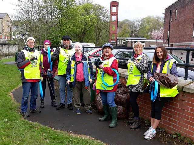 Members of Padiham Rotary Club and Padiham Pride are to hold weekly litter picking collections in the town