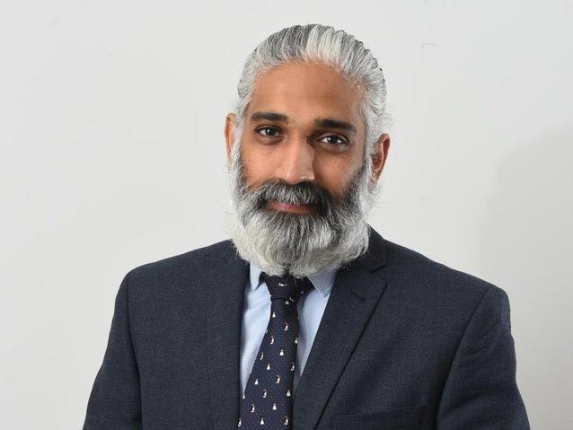 Dr. Sakthi Karunanithi