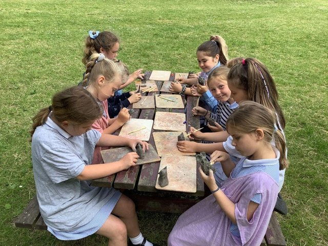 youngsters swap the classroom for outdoors for exciting artistic activities
