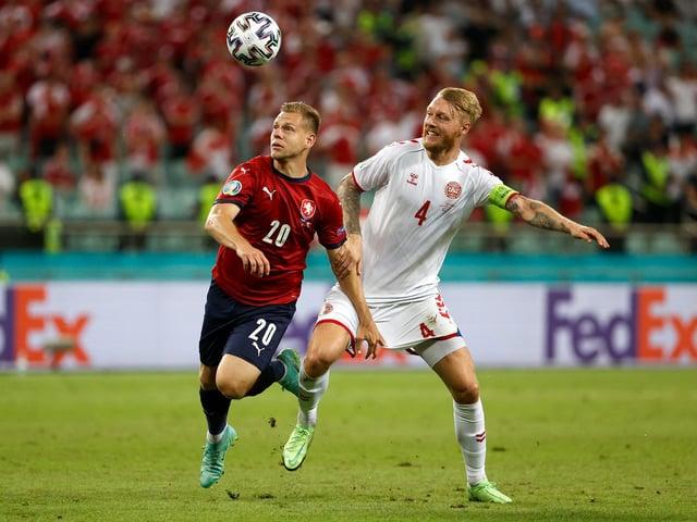 Matej Vydra puts Simon Kjaer under pressure